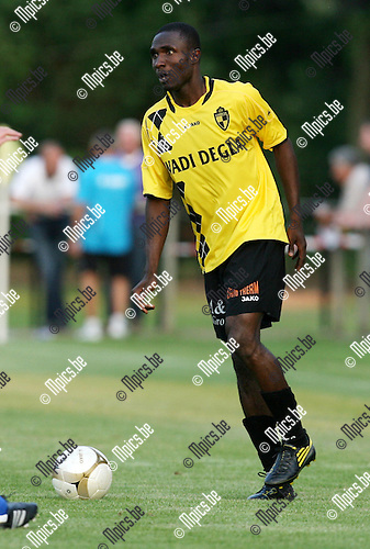 2010-05-23 / Voetbal / seizoen 2010-2011 / Lierse SK / William Mensah..Foto: mpics