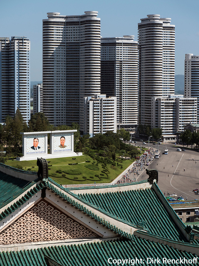 Blick von Studienhalle des Volkes, Pyongyang, Nordkorea, Asien<br /> View from people's study hall, Pyongyang,, North Korea, Asia