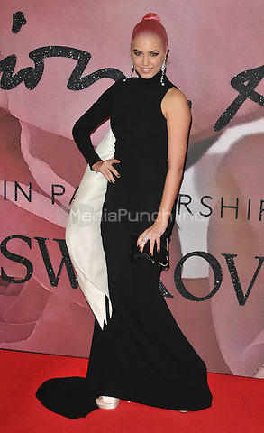 Amber Le Bon at the Fashion Awards 2016, Royal Albert Hall, Kensington Gore, London, England, UK, on Monday 05 December 2016. <br /> CAP/CAN<br /> &copy;CAN/Capital Pictures /MediaPunch ***NORTH AND SOUTH AMERICAS ONLY***