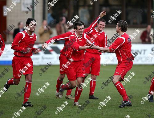 2009-01-18 / Voetbal / Tubantia - SK Schoten / Kevin Stickens boog op enkele minuten tijd,  een 0-1 achterstand om in een 2-1 voorsprong voor Tubantia..Foto: Maarten Straetemans (SMB)