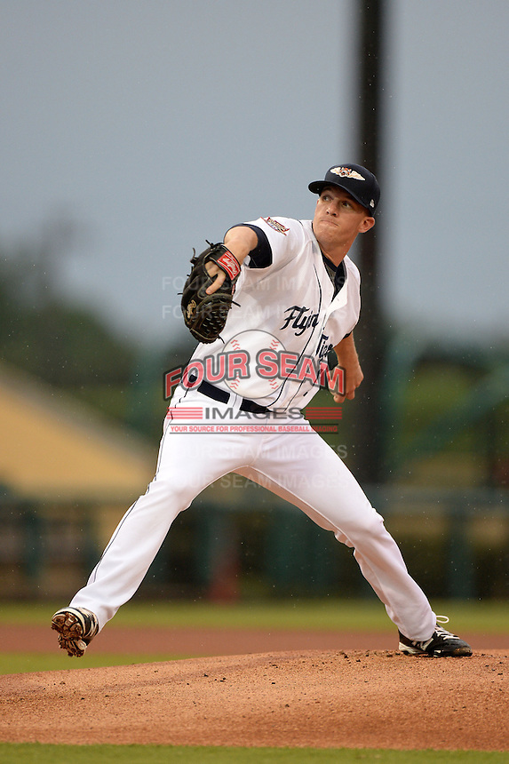Lakeland Flying Tigers pitcher Ryan Longstreth (9) delivers a pitch during a game against the Palm Beach Cardinals on April 16, 2015 at Joker Marchant Stadium in Lakeland, Florida.  Palm Beach defeated Lakeland 6-0.  (Mike Janes/Four Seam Images)