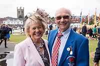 Henley-on-Thames. United Kingdom.  2017 Henley Royal Regatta, Henley Reach, River Thames. <br /> <br /> Annie and Mike SPRACKLEN.<br /> <br /> {TIME}  Wednesday  28/06/2017<br /> <br /> [Mandatory Credit. Intersport Images].
