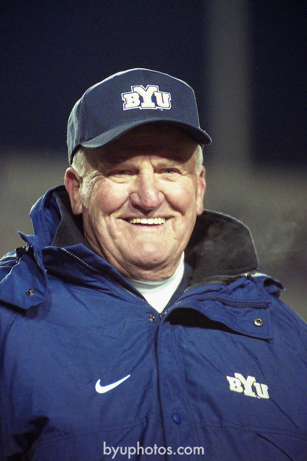 NEW221<br /> <br /> FTB 2311 A-M<br /> Nov 18, 2000<br /> <br /> FTB - BYU vs. New Mexico<br /> -Lavell's last game<br /> -President Hinckley<br /> <br /> Mark Philbrick (A-G, AA-KK)<br /> Jaren Wilkey (H-M)<br /> <br /> <br /> January 4, 2017<br /> <br /> Photography by Mark Philbrick/BYU<br /> <br /> Copyright 2016 BYU Photo<br /> All Rights Reserved<br /> (801)422-7322