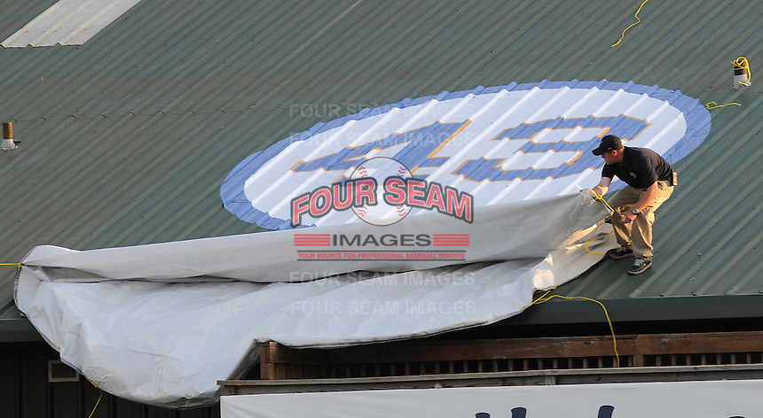 April 9, 2009: The Myrtle Beach Pelicans, Class A affiliate of the Atlanta Braves, honored the memory of longtime pitching coach Bruce Dal Canton by unveiling a sign on the roof of the clubhouse in pregame ceremonies  at BB&T Coastal Field in Myrtle Beach, S.C. Photo by:  Tom Priddy/Four Seam Images