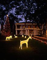 Christmas Lights & Holiday Decorations, Governors Mansion at Washington Place, Honolulu, Oahu, Hawaii, USA.