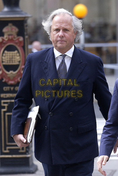 Pic Shows:Graydon Carter arriving at the High Court Today.20/07/2005.Picture:Steve Finn. Tel 07968 894444...