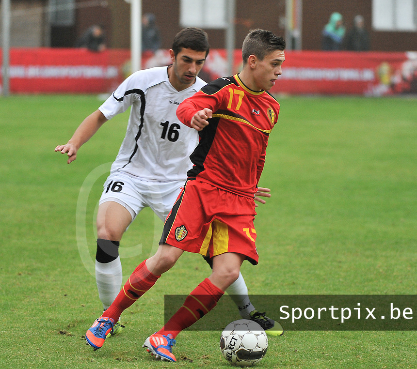 Georgia U19 - Belgium U19 : Leandro Trossard (17) and Aleksandre Gureshidze<br /> foto DAVID CATRY / Nikonpro.be