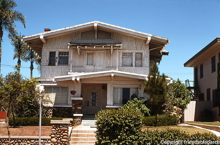 San Diego: Craftsman House in Hillcrest. Influence of Brothers Greene & Greene.  Photo '78.