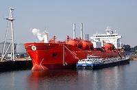 Haven van Rotterdam. Tanker van Odfjell