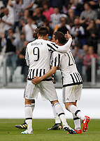 Calcio, Serie A: Juventus vs Palermo. Torino, Juventus Stadium, 17 aprile 2016.<br /> Juventus&rsquo; Simone Padoin, right, celebrates with teammate Alvaro Morata after scoring during the Italian Serie A football match between Juventus and Palermo at Turin's Juventus Stadium, 17 April 2016.<br /> UPDATE IMAGES PRESS/Isabella Bonotto