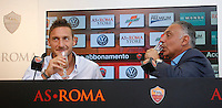 Il capitano della Roma Francesco Totti brinda col presidente James Pallotta, a sinistra, in occasione del rinnovo del suo contratto, al Centro sportivo Fulvio Bernardini di Trigoria, Roma, 20 settembre 2013.<br /> AS Roma captain Francesco Totti drinks with president James Pallotta, right, in occasion of the renewal of his contract at the club's sporting center in Rome, 20 September 2013.<br /> UPDATE IMAGES PRESS/Isabella Bonotto