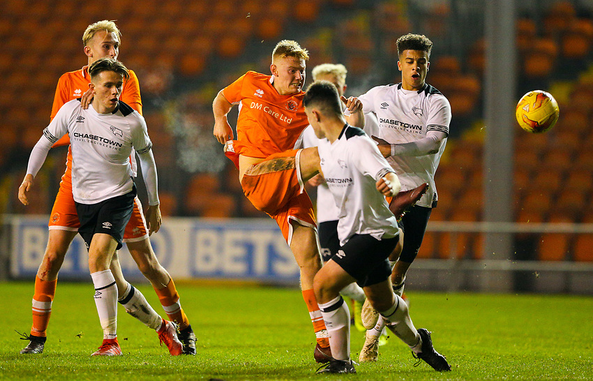 Blackpool's Owen Watkinson shoots at goal<br /> <br /> Photographer Alex Dodd/CameraSport<br /> <br /> The FA Youth Cup Third Round - Blackpool U18 v Derby County U18 - Tuesday 4th December 2018 - Bloomfield Road - Blackpool<br />  <br /> World Copyright © 2018 CameraSport. All rights reserved. 43 Linden Ave. Countesthorpe. Leicester. England. LE8 5PG - Tel: +44 (0) 116 277 4147 - admin@camerasport.com - www.camerasport.com