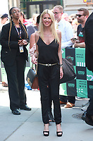 AUG 03 Tara Reid At AOL BUILD