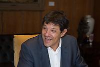SAO PAULO, SP, 04 DE MARÇO DE 2013. REUNIAO ENTRE O GOVERNADOR ALCKMIN E O PREFEITO FERNANDO HADDAD. O Prefeito de São Paulo, Fernando Haddad, durante reunião com o governador Geraldo Alckmin no Palacio dos Bandeirantes, na tarde desta segunda feira. FOTO ADRIANA SPACA/BRAZIL PHOTO PRESS Prefeito de São Paulo, Fernando Haddad durante reunião no Palacio dos Bandeirantes, na tarde desta segunda feira. FOTO ADRIANA SPACA/BRAZIL PHOTO PRESS