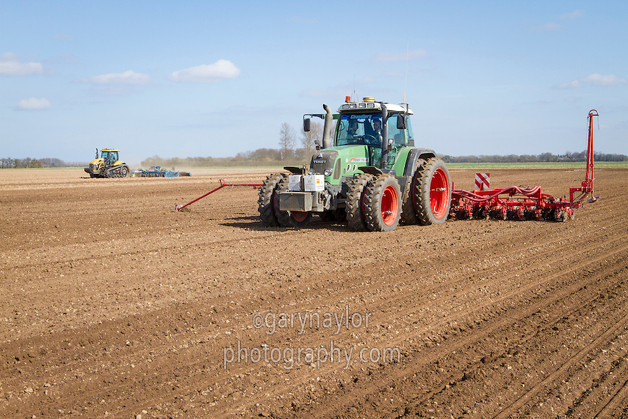 Cultivating & drilling sugar beet - March, South Lincolnshire