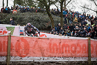 Katie Compton (USA/KFC Racing p/b Trek/Panache) flirting with gravity<br /> <br /> Women Elite Race<br /> UCI CX Worlds 2018<br /> Valkenburg - The Netherlands