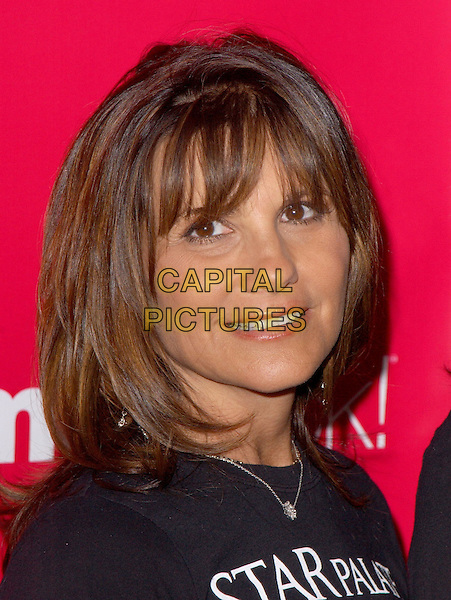 LYNNE SPEARS.Attends Lifetime Television's 5th Annual Women Rock! Concert for the fight against breast cancer held at The Wiltern Theatre in Los Angeles, California, USA, September 28 2004..portrait headshot Britney's mum womenrock.Ref: DVS.www.capitalpictures.com.sales@capitalpictures.com.©Debbie VanStory/Capital Pictures .