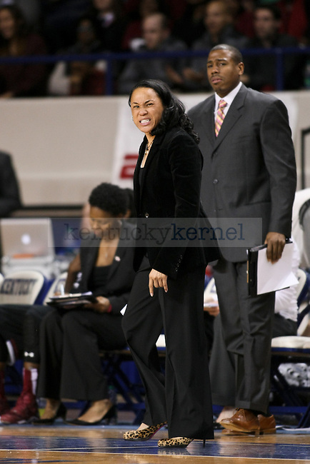 South Carolina head coach Dawn Staley yells at her players during the first half of the UK vs. South Carolina at Memorial Coliseum in Lexington , Ky., on Sunday, March 1, 2015. Photo by Jonathan Krueger | Staff