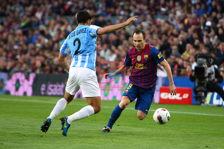 Jesus Gamez vs Andres Iniesta. FC Barcelona vs Malaga CF: 4-1 - League BBVA 2011/12 - Game: 20.