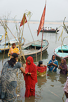 in this ceremony women gather at the river and pray for sons and good luck of her family (a woman without a son is belived to end up in hell, also a widow is believed to be cursed and can be expelled by the family).God of the sun, Surya is asked for help in Dala chhath. Surya is one of the most acient gods in India, already known in Vedic times, where Shiva and Brahma were still unknown.