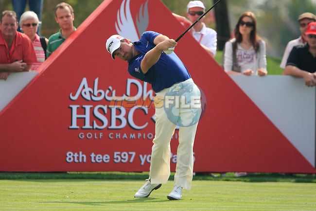 Graeme McDowelll tees off on the 8th tee during Day 3 Saturday of the Abu Dhabi HSBC Golf Championship, 22nd January 2011..(Picture Eoin Clarke/www.golffile.ie)