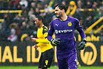 09.03.2019, Signal Iduna Park, Dortmund, GER, 1.FBL, Borussia Dortmund vs VfB Stuttgart, DFL REGULATIONS PROHIBIT ANY USE OF PHOTOGRAPHS AS IMAGE SEQUENCES AND/OR QUASI-VIDEO<br /> <br /> im Bild   picture shows:<br /> Roman Buerki (Borussia Dortmund #1) im Regen, <br /> <br /> Foto &copy; nordphoto / Rauch