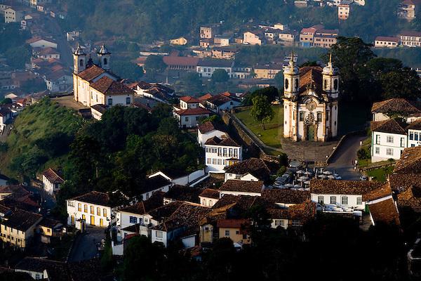 Ouro Preto_MG, Brasil...Vista panoramica de Ouro Preto, com destaque para a Igreja Nossa Senhora do Rosario...The panoramic view of Ouro Preto with Nossa Senhora do Rosario church in detail...Foto: LEO DRUMOND / NITRO.