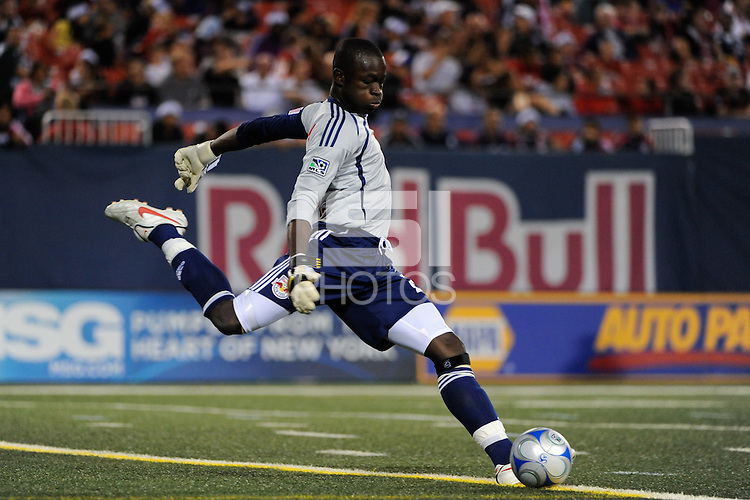 New York Red Bulls goalkeeper Bouna Coundoul (24). The New York Red Bulls and the New England Revolution played to a 1-1 tie during a Major League Soccer match at Giants Stadium in East Rutherford, NJ, on September 18, 2009.
