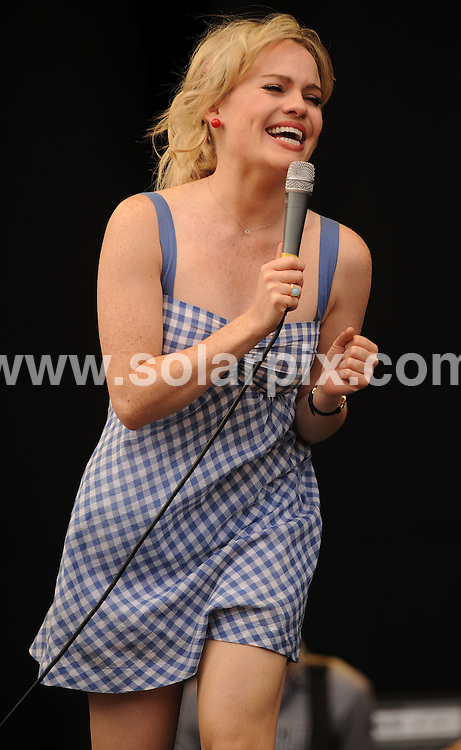 **ALL ROUND PICTURES FROM SOLARPIX.COM**.**WORLDWIDE SYNDICATION RIGHTS**.Duffy performs on the Channel 4 stage at V Festival 2008, Chelmsford, UK. 16th August 2008..JOB REF: 7028 SSD     DATE: 16_08_2008.**MUST CREDIT SOLARPIX.COM OR DOUBLE FEE WILL BE CHARGED* *UNDER NO CIRCUMSTANCES IS THIS IMAGE TO BE REPRODUCED FOR ANY ONLINE EDITION WITHOUT PRIOR PERMISSION*