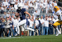 STATE COLLEGE, PA - SEPTEMBER 09:  Penn State QB Trace McSorley (9) runs for a long first down. The Penn State Nittany Lions defeated the Pittsburgh Panthers 33-14 in the Keystone Classic September 9, 2017 at Beaver Stadium in State College, PA. (Photo by Randy Litzinger/Icon Sportswire)