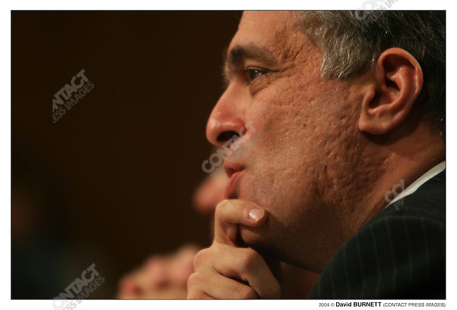 CIA director George Tenet answers questions from the 9/11 Investigative Commission. US Capitol, Washington D.C., March 24th, 2004...2004 © David BURNETT (CONTACT PRESS IMAGES)