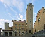 Europe, Italy, Tuscany, San Gimignano, Palazzo Cumnale (City Hall)