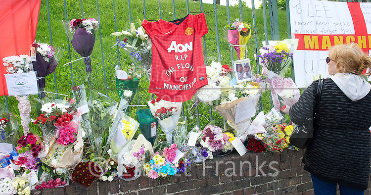 Flowers and tributes left at Woolwich Barracks for Drummer Lee Rigby who was murdered near the barracks.<br />