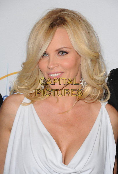 JENNY McCARTHY.The UCLA Department of Neurosurgery's Visionary Ball 2009 held at The Regent Beverly Wilshire Beverly Hills, California, USA..October 1st, 2009.headshot portrait white sleeveless cleavage .CAP/DVS.©Debbie VanStory/Capital Pictures.