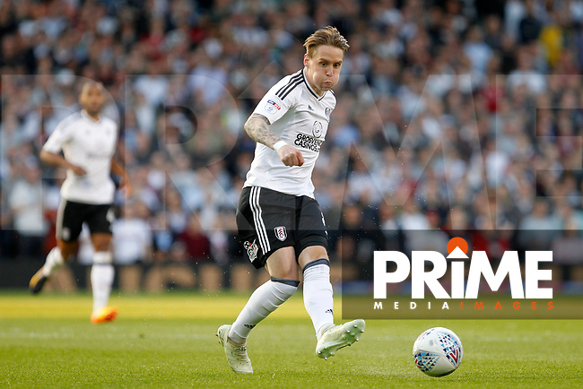 Stefan Johansen of Fulham passing the ball during the Sky Bet Championship play off semi final 2nd leg match between Fulham and Derby County at Craven Cottage, London, England on 15 May 2018. Photo by Carlton Myrie / PRiME Media Images.