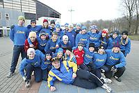 SCHAATSEN: HEERENVEEN: IJsstadion Thialf, 03-2004, VikingRace, Team Sweden, ©foto Martin de Jong
