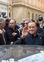 L'ex presidente del consiglio Silvio Berlusconi lascia il seggio elettorale dopo aver votato il referendum costituzionale, a Roma, 4 dicembre 2016.<br /> Italian former premier Silvio Berlusconi leavas his polling station after voting on the occasion of the constitutional referendum, in Rome, 4 December 2016.<br /> UPDATE IMAGES PRESS/Riccardo De Luca
