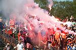 BLOEMENDAAL   - Hockey -  2e wedstrijd halve finale Play Offs heren. Bloemendaal-Amsterdam (2-2) . A'dam wint shoot outs. bloemigans. supporters.  COPYRIGHT KOEN SUYK