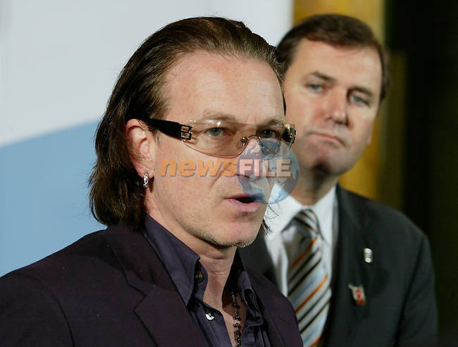 INFORMAL MEETING OF EU DEVELOPMENT MINISTERS 31ST MAY - 1ST JUNE AT DUBLIN CASTLE, IRELAND            .IRISH MINISTER FOR DEVELOPMENT COOPERATION AND HUMAN RIGHTS TOM KITT TD (B) WITH BONO OF U2 ARRIVING FOR A PRESS CONFERENCE WITH THE EU MEMBER STATES EU DEVELOPMENT MINISTERS IN DUBLIN CASTLE 1/6/04..AFP PHOTO/NEWSFILE/MAXWELLS..This Picture has been sent to you by Newsfile Ltd..The Studio,.Millmount Abbey,.Drogheda,.Co. Meath,.Ireland..Tel: +353(0)41-9871240.Fax: +353(0)41-9871260.ISDN: +353(0)41-9871010.www.newsfile.ie..general email: pictures@newsfile.ie