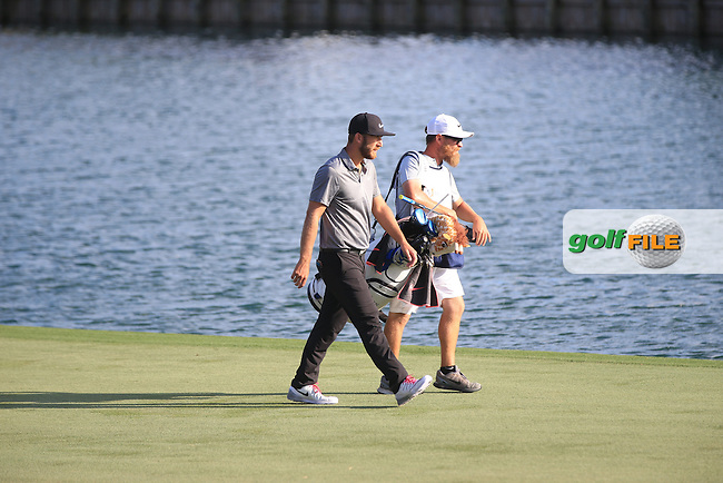 Kevin Chappell (USA)  and Caddie Joe Greiner during the Final round of The Players 2016 , TPC Sawgrass, Ponte Vedra Beach, Jacksonville.   Florida, USA. 15/05/2016.<br /> Picture: Golffile | Mark Davison<br /> <br /> <br /> All photo usage must carry mandatory copyright credit (&copy; Golffile | Mark Davison)