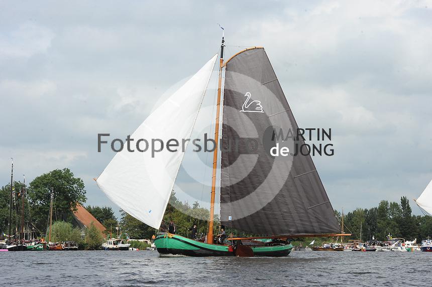 ZEILSPORT: LANGWEER: 10-08-2017, SKS Skûtsjesilen, ©foto Martin de Jong
