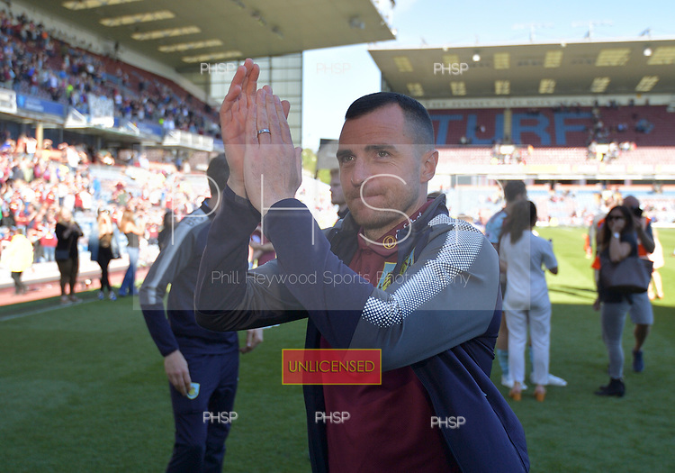 13/05/2018 Premier League Burnley v AFC Bournemouth<br /> <br /> Dean Marney bids farewell