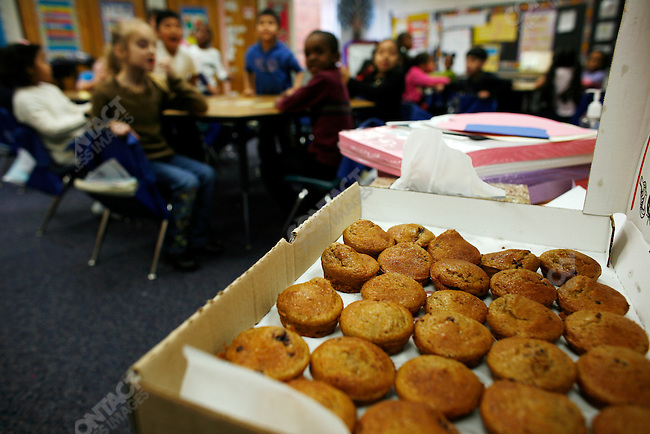 ©2007  David Burnett/ Contact Press Images.photographer: David Burnett.1/25/07..Norristown, PA.Photographs for Robert Wood Johnson Foundation:..Gotwals Elementary School, in Norristown.children in class, & recess, and learning about healthy eating.