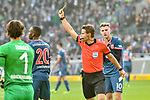04.11.2018, Stadion im Borussia-Park, Moenchengladbach, GER, 1. FBL, Borussia Moenchengladbach vs. Fortuna Duesseldorf, DFL regulations prohibit any use of photographs as image sequences and/or quasi-video<br /> <br /> im Bild Gelb / gelbe Karte f&uuml;r Dodi Lukebakio (#20, Fortuna D&uuml;sseldorf / Duesseldorf) von Dr. Felix Brych (SR) (Schiedsrichter, referee), <br /> <br /> Foto &copy; nordphoto/Mauelshagen