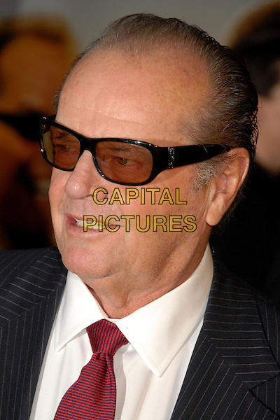 "JACK NICHOLSON .""The Bucket List"" Los Angeles Premiere at the Cinerama Dome, Hollywood, California, USA..December 16th, 2007.headshot portrait sunglasses shades tinted glasses .CAP/ADM/BP.©Byron Purvis/AdMedia/Capital Pictures."