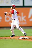 Lowell Spinners shortstop Tzu-Wei Lin #7 during a game versus the Jamestown Jammers at LeLacheur park in Lowell, Massachusetts on July 14, 2013. (Ken Babbitt/Four Seam Images)