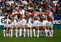 Photo: Richard Lane/Richard Lane Photography. Bath Rugby v Biarritz Olympique. Heineken Cup. 10/10/2010.  huddle.