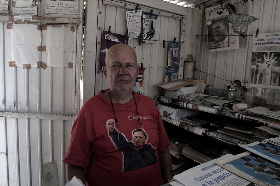 Havana (Cuba). September 2006..Eliseo, a Granma newspaper seller