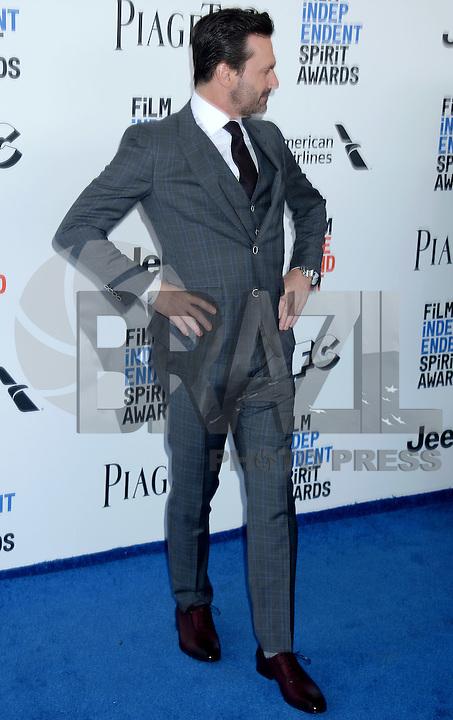 ANTA MONICA, 25.02.20-17 - SPIRIT-AWARDS - Jon Hamm durante Film Independent Spirit Awards em Santa Monica na California nos Estados Unidos (Foto: Gilbert Flores/Brazil Photo Press)