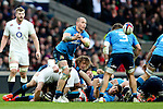 Italy's Sergio Parisse (Captain) passes from the back of a ruck - RBS 6 Nations - England vs Italy - Twickenham Stadium - London - 14/02/2015 - Pic Charlie Forgham-Bailey/Sportimage
